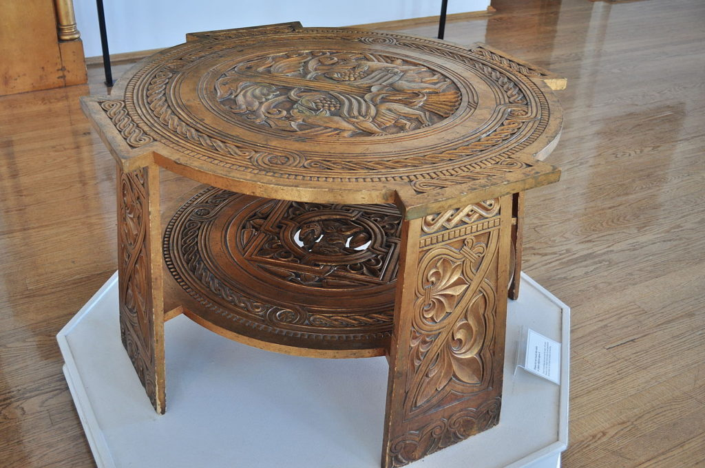maryhill_museum_-_gilded_wood_furniture_from_cotroceni_palace_03