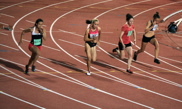 1280px-Athletics_Night_Competition_100m_women_sprint_29-07-2013